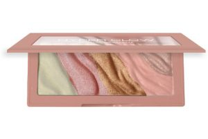 Designer Brands Hyper Glow Palette Beauty Over 40