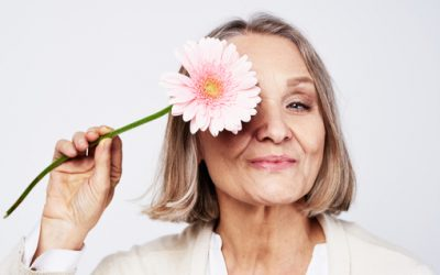 5 Ways to Naturally Ease Menopause Symptoms