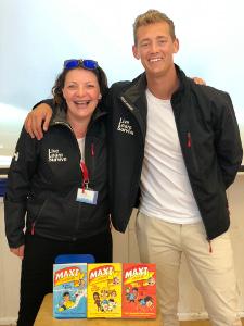 Leigh Mason & Trent Maxwell Maxi's beach Rescue Beauty Over 40